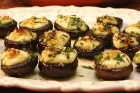 Akşam yemeklerinizde sunumuyla harikalar yaratacak bir tarif. Basit ve leziz olan Izgarada Mantar Dolması vazgeçilmez atıştırmalıklarınızın başında yer alacak..