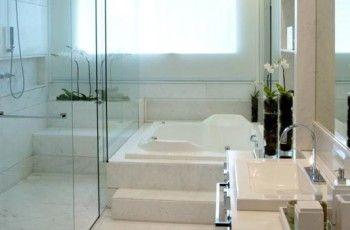 Banheiro com banheira: dicas, fotos - Casa e Festa