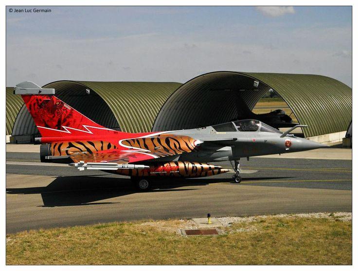 """French Armée de l'Air Dassault Rafale EC 1/7 """"Provence""""  in special Tiger Meet scheme- Photo: EC 1/7NATO Tiger Meet 2014: Tiger, Tiger, Tiger! - Defens'Aero"""