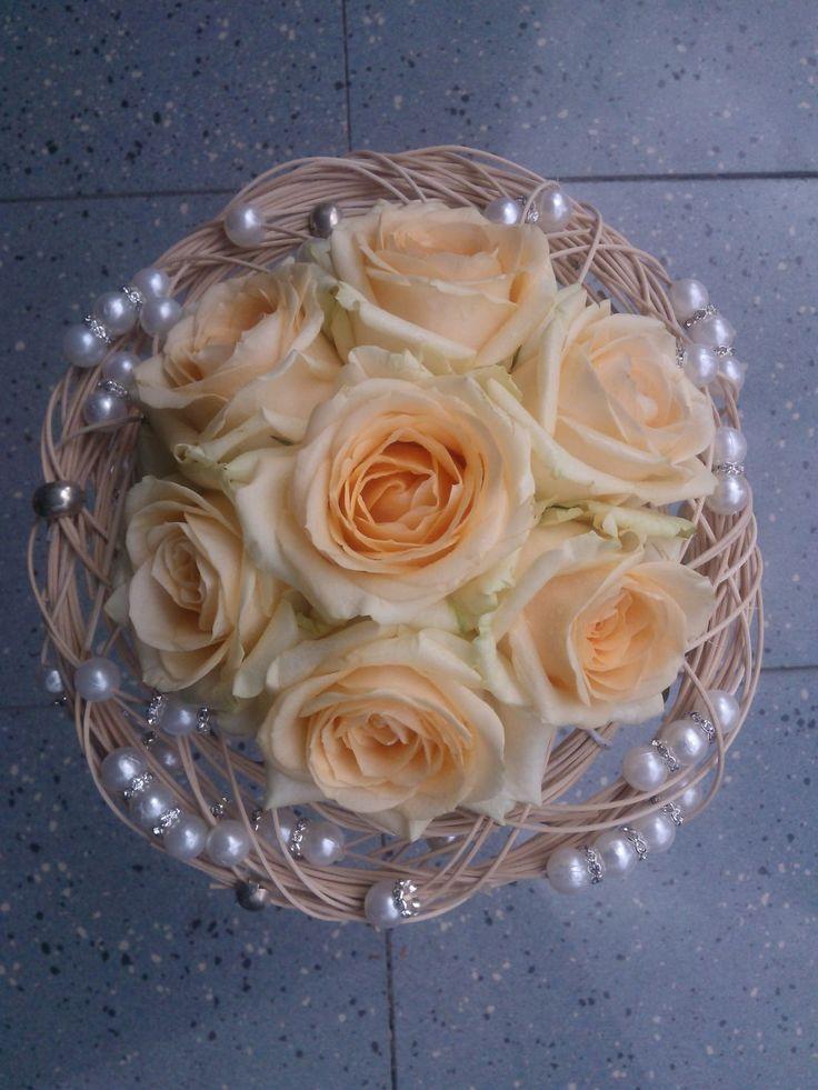 Bouquet sposa in un delicatissimo color salmone.