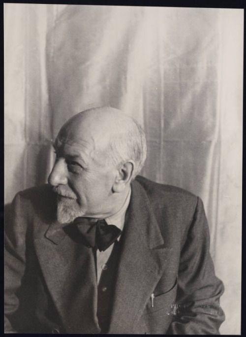 Luigi Pirandelloby Carl Van Vechten