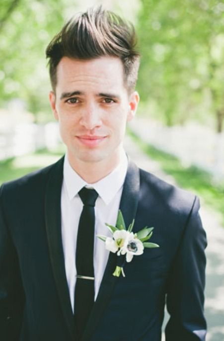 Brendon Urie is literally husband goals #PanicAtTheDisco #BrendonUrie
