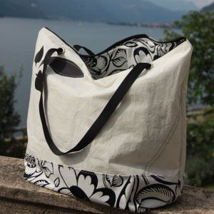 Beach bag #rivelami #handmadefromsail #comolake #newfashion