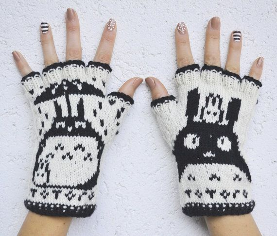 Totoro Fingerless Gloves  handknit from 100 by annawoolmagic, $45.00