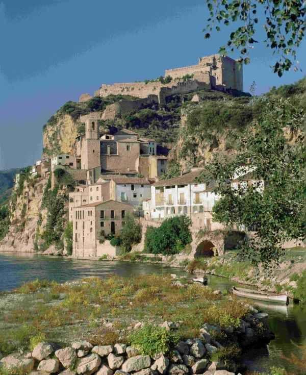 Castell de Miravet. Ribera d'Ebre Catalonia
