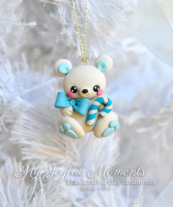 Handcrafted Polymer Clay Polar Bear Ornament por MyJoyfulMoments