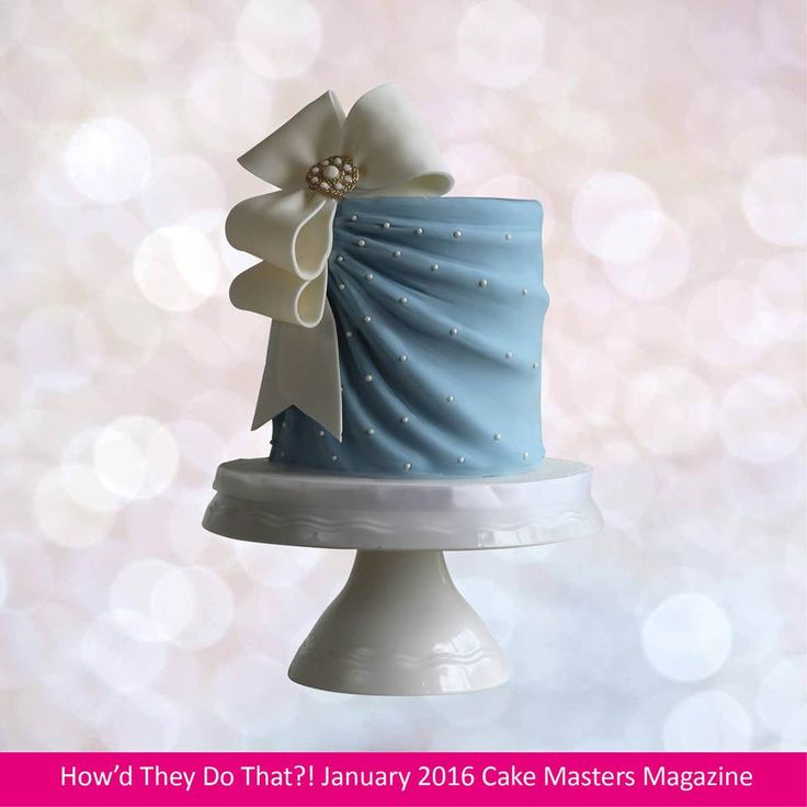 #BlueMonday Inside the January issue of Cake Masters Magazine - get your copy here >> http://www.cakemasters.co.uk/product/january-2017-issue/ @Makememycake shows you how to make this beautiful pleated fabric effect and bow. — with جنه الزهور, Tony Sanchez, Kimberly Kerr, Todah Lael, Gonzalez Keishla, Bitajon Confianza En Dios and Ana S Godoy.