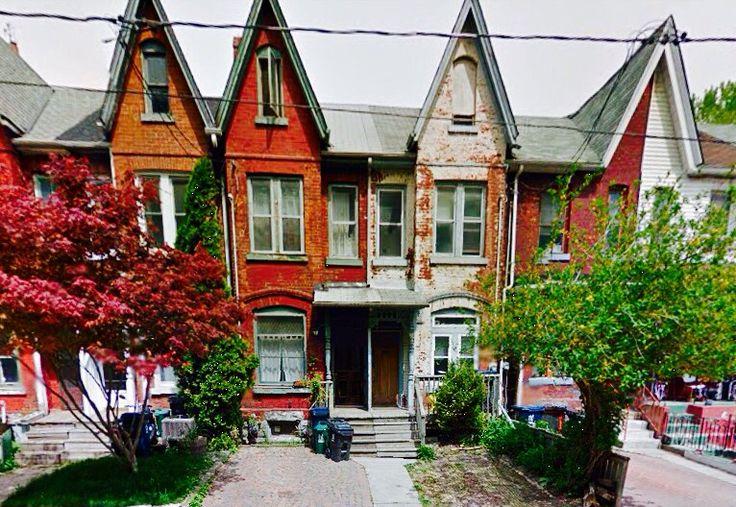 Toronto's century old rows, Toronto, Ontario Bathurst St & Adelaide St W