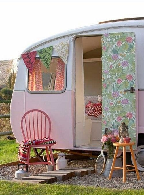 wohnwagen dekoration mit retro hauch rosa peppermint