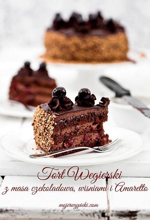Tort węgierski  czekoladowy z wiśniami i Amaretto, mocno alkoholowy