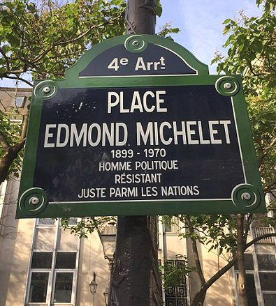 La place Edmond-Michelet  (Paris 4ème)