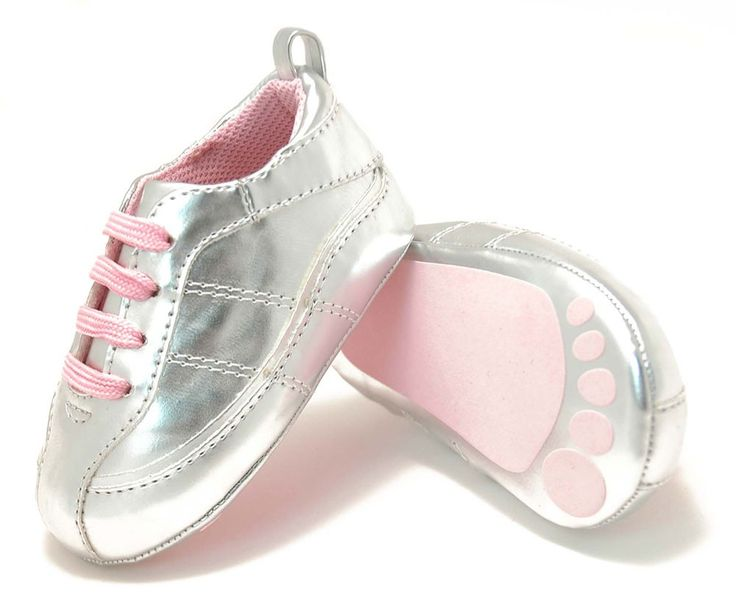 the cutest little baby girl tennis shoes