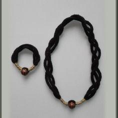 Bracelet + collier en laine et perle dorée ou bronze au choix fait main en france