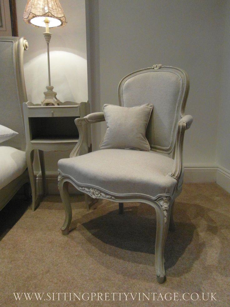 French Vintage Louis XV Bedroom Armchair in Grey Linen and chalk paint - 12 Best Sitting Pretty Chairs Images On Pinterest Sofas, Armchairs