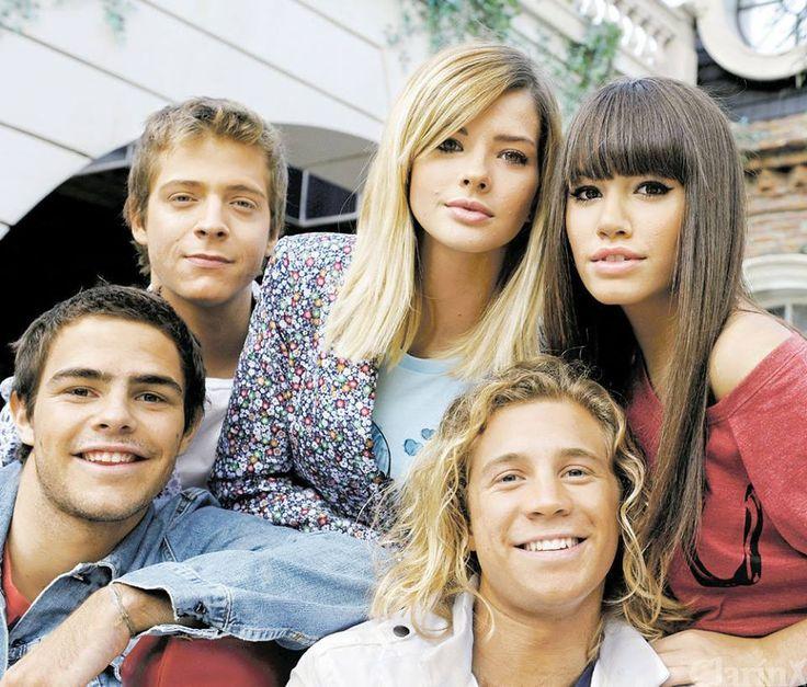Una de los Teen Angels!!! Amo los Teen, me encantaría que volviesen a ser un grupo de música como antes!! Aunque el grupo se separó, siempre estará en nuestros corazones!!! WE <3 TEEN ANGELS!!!
