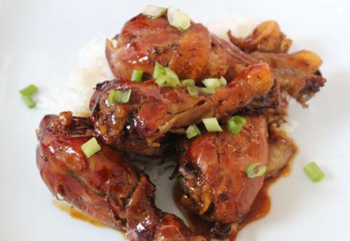 Recette facile de pilon de poulet au soja et Coca-Cola dans la mijoteuse