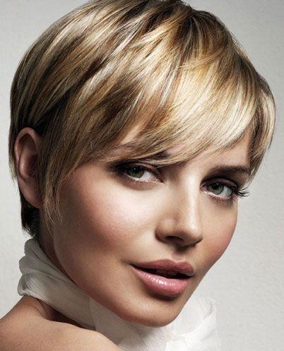 Diese Frisuren sind TOP! 10 stilvolle Kurzhaarfrisuren für Frauen mit glatten Haaren! - Neue Frisur