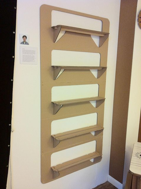 cardboard inspiration... a few easy cuts & some wooden dowels!