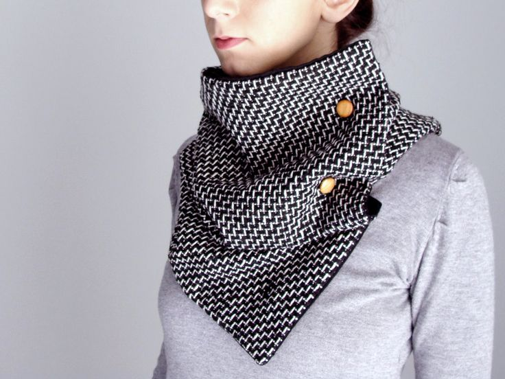 Wool scarf with four wooden buttons in black & white knit - FOR SALE - 56.00€ - Click here to buy: clothbot.gr - clothbotshop.etsy.com - Fall Winter 2015 - scarves, accessories, trends, christmas gifts, holidays presents
