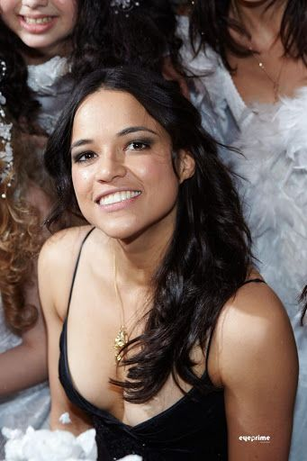 Mayte Michelle Rodriguez[needs IPA][2] (born July 12, 1978),[3] simply credited as Michelle Rodriguez, is an American actress, screenwriter and disc jockey.[4] Rodriguez got her breakout role in the independent film Girlfight (2000), which was met with critical acclaim for her performance as a troubled boxer, and earned her several awards, including the Independent Spirit Award[5] and Gotham Award for Best Debut Performance.[6] The following year, she made her Hollywood debut starring as…
