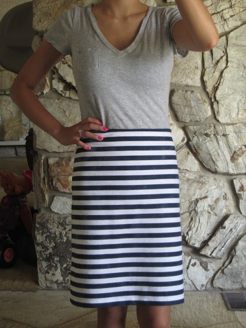 super easy pencil skirt.