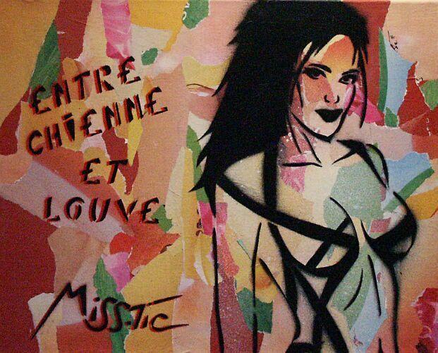 #streetart #misstic Miss Tic Erotic - Entre chienne et louve