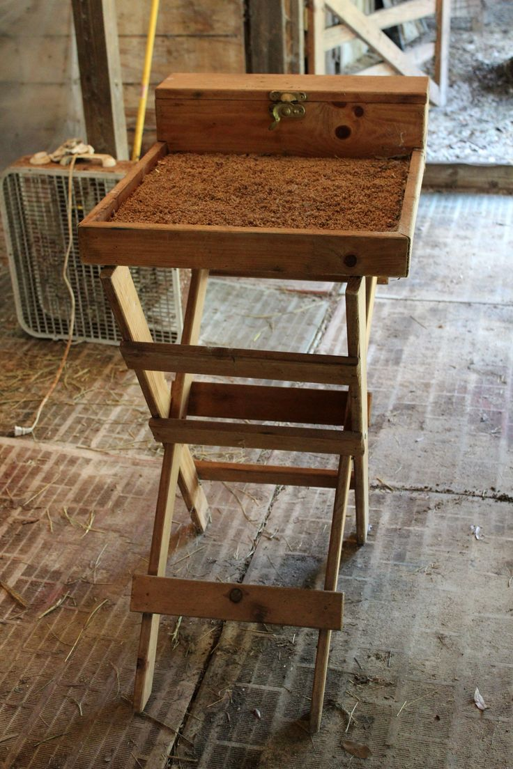 Rabbit Grooming Table Used In Good Condition 4 H