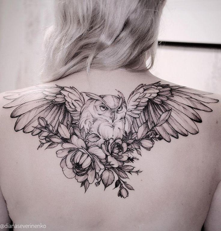 fliegende Eule Tattoo auf dem Rücken von Diana Diana #tattoos