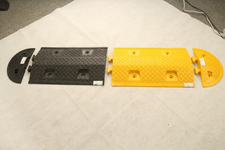 Roadsky China made high quality plastic speed bump for road traffic safety. Flexible, easily installed.