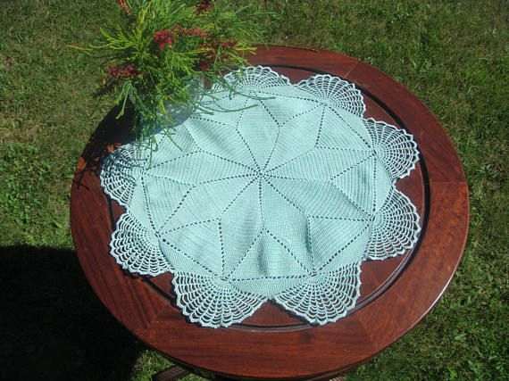 Vintage Fillet Crochet Round Pale Mint green doily in cotton