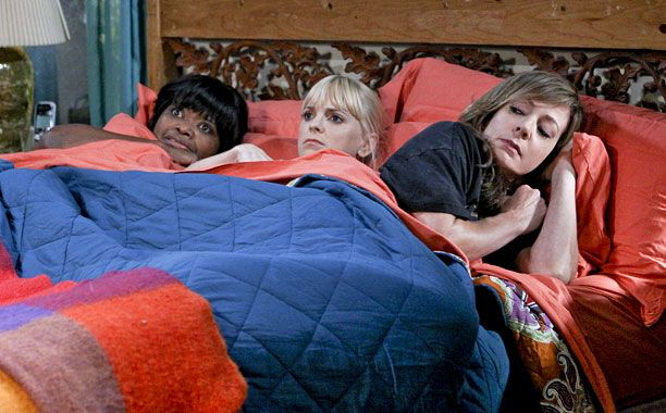 Octavia Spencer, Anna Faris, and Allison Janney in Mom ...