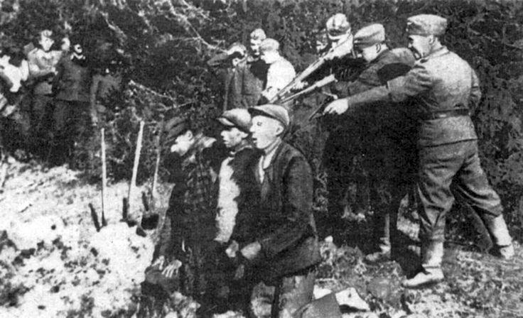 The Nazis shot civilians in Kaunas  http://albumwar2.com/the-nazis-shot-civilians-in-kaunas/