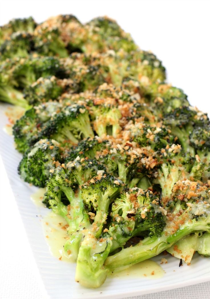 Roasted Broccoli with Buttery Bread Crumbs