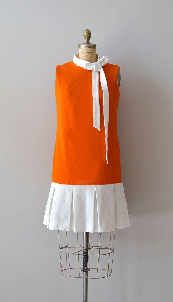 vintage 60s dress / mod 1960s dress / Skip a Beat mod scooter dress