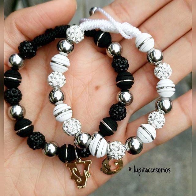 Hermosas pulseras en neopreno y acero inoxidable, iniciales en oro golfi. Excelentes precios envíos a todo el país. Whatsapp:3218359814 #bracelet #accesorios #neopreno #aceroinoxidable #medellin #mesdeamoryamistad #couple #parejas #love #jewerlydesign #jewelry #instajewelry #women #style #pulseras #colombia #womens #outfit #blogger #menstyle #womenstyle #juwelen #jewels #bisutería