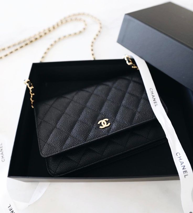 """21k Likes, 18.9k Comments - Jacey Lenae Duprie (@damselindior) on Instagram: """"GIVEAWAY ALERT: A brand spankin' new {wait for it} CHANEL bag is up for grabs! One lucky winner…"""""""