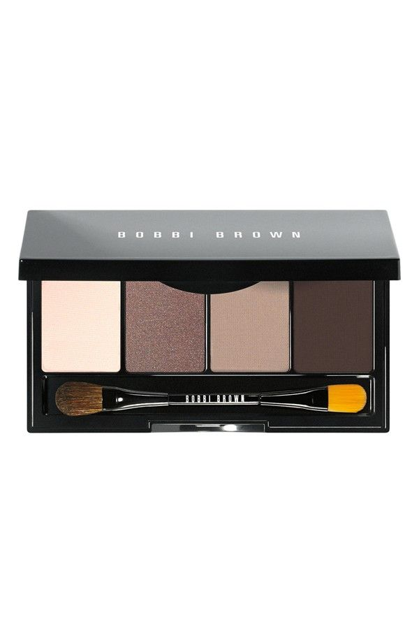 Easy to tote eye palette in beautiful browns and nudes.