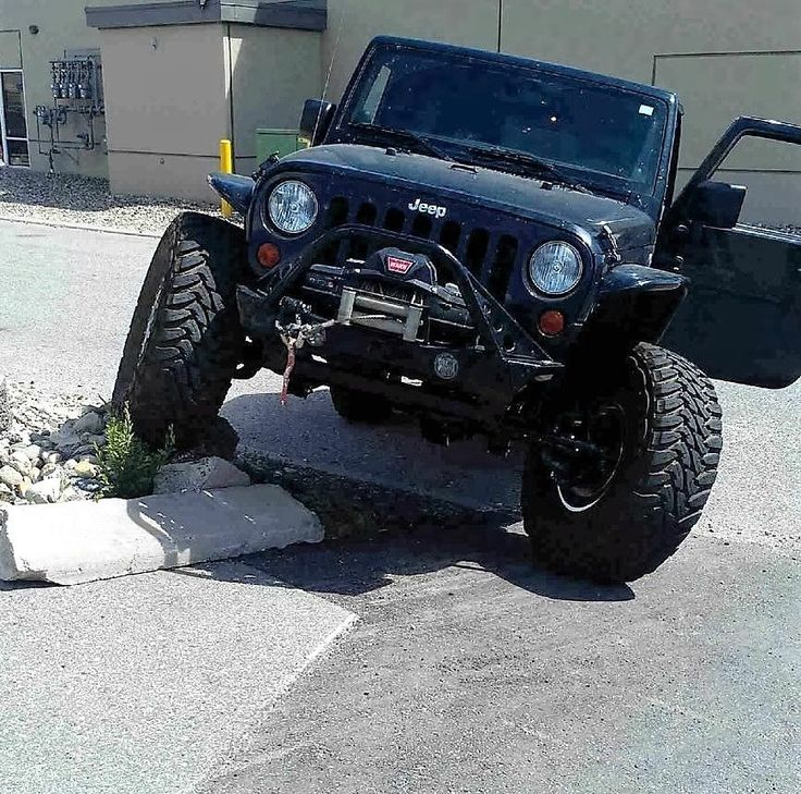 Car brand auctioned:Jeep Wrangler Unlimited Sahara Jeep JK Unlimited Sahara, Rock Crawler, Dana 60, Fully Loaded, Poison Spyder View http://auctioncars.online/product/car-brand-auctionedjeep-wrangler-unlimited-sahara-jeep-jk-unlimited-sahara-rock-crawler-dana-60-fully-loaded-poison-spyder-5/