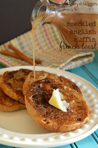 A sweet batter makes this English Muffin  French Toast irresistible!: Breads Sweet, Pancakes Frenchtoast, Recipes Breakfast, Recipes Sauces, Raisins Breads French Toast, English Muffins French Toast, Baking, Recipes Magic, Breakfast Brunch