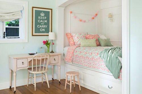 #room #decor #inspiration #green #pink