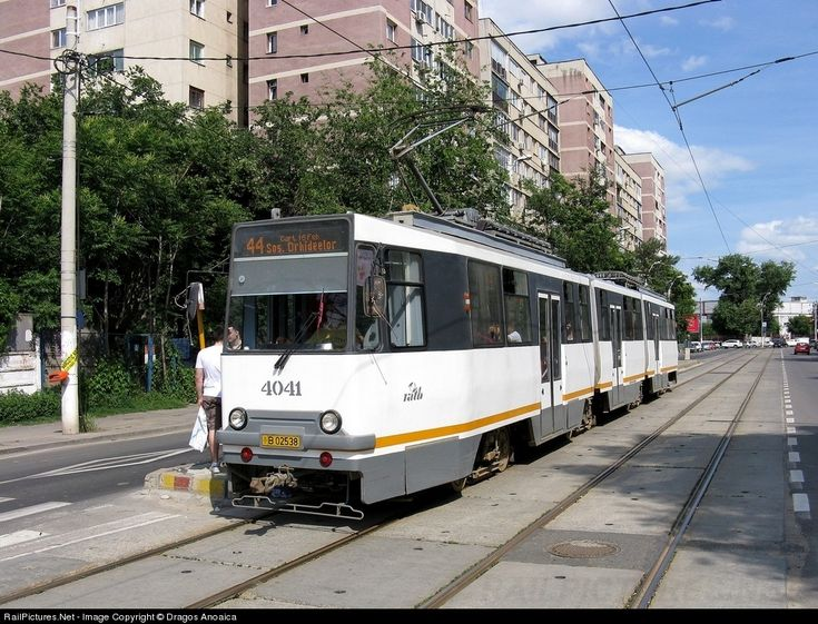 RailPictures.Net Photo: 4041 RATB Regia Autonoma de Transport Bucuresti V3A-2S-93 at Bucharest, Romania by Dragos Anoaica