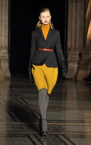 Nicole Farhi Fall 2012 image source: Getty