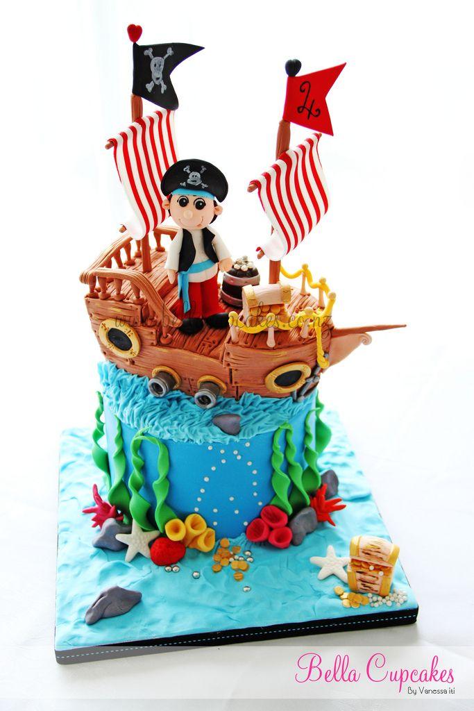 Little Pirate and Ship Cake. Se puede agregar la sirenita abajo.