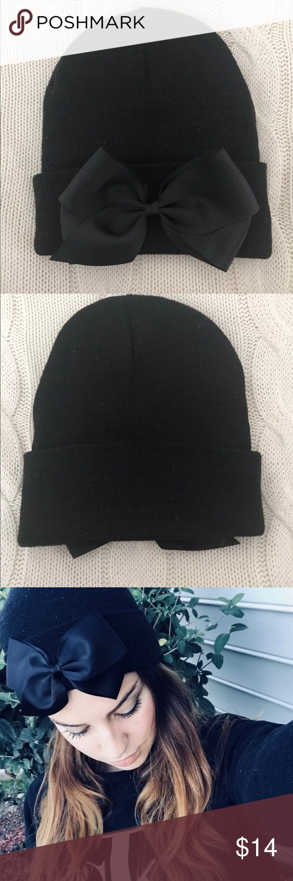 Winter Christmas Beanie Black Adorable winter beanie with black bow. NWT Accessories Hats
