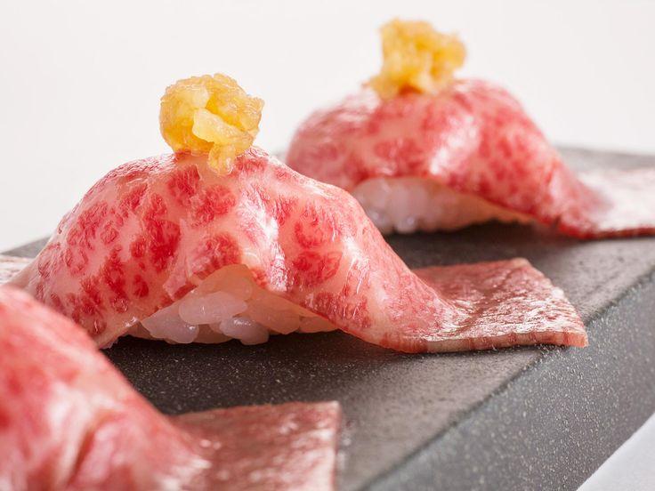 東京都内の本当に美味しい焼き肉の名店31選をご紹介します。都内の焼肉店はここだけ知っておけば間違いないと言っても過言ではないほど。ランキングというわけではありませんが、全体的におすすめ順にリストアップした永久保存版です。