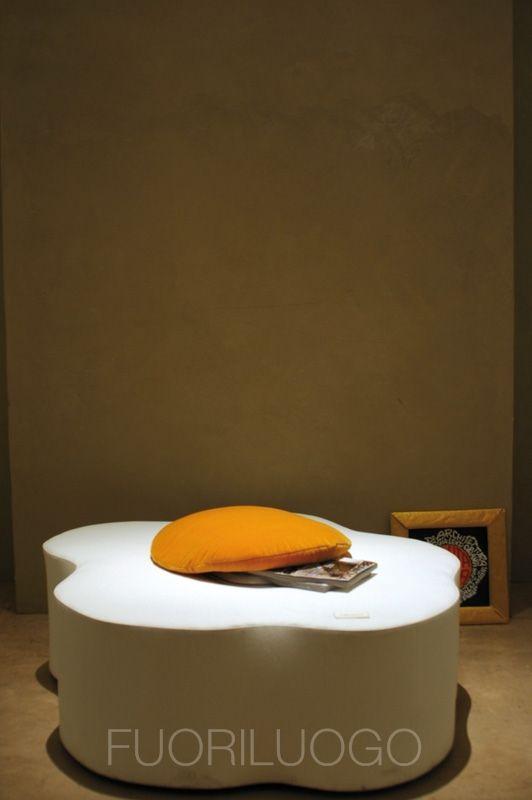 """""""Seduta sulle uova"""" by Selvaggia Lensi Orlandi - ALL RIGHTS RESERVED [Edizione 2010 Fuoriluogo: WChairs] #art #wc #toilet #bidet"""