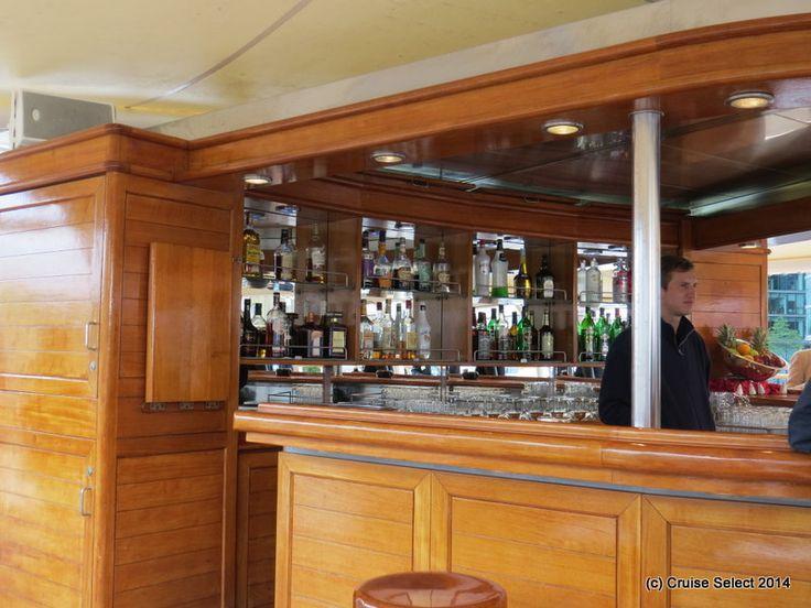 Seadream 1 - Top of the Yacht Bar - At London Tower Bridge