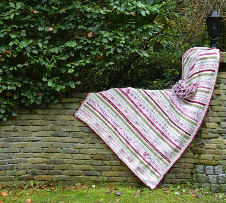 Haak aan bij de Lossen & Vasten CAL! Deze Crochet Along start in januari en garandeert je van 13 weken haakplezier. Lees hier welke garens je nodig hebt.