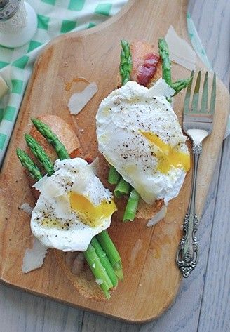 Poached Egg and Asparagus Bruschetta. Oh my!