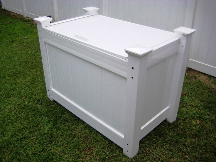 Outdoor Garbage Bin With Lid